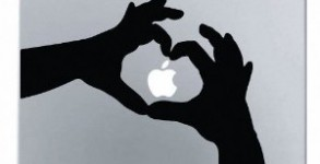 Heart Hands Apple Macbook